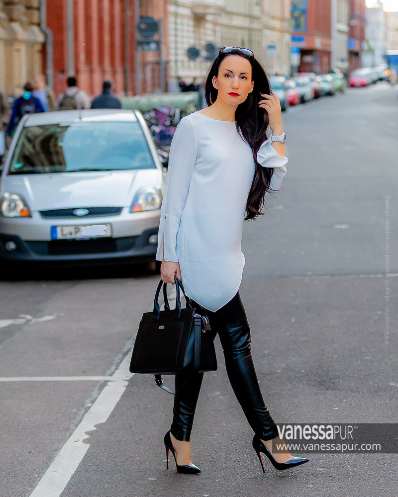 947e8ec8934 Leather Pants & White Shirt - Classy Leather Look | Fashion Blog