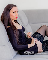 Patreon Page of Vanessa Pur - Preview with lingerie, latex, vinyl and pantyhose/tights - also Mistress Style - Fetish and OTK-Bootks